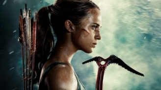 "Dois posters para ""Tomb Raider"""